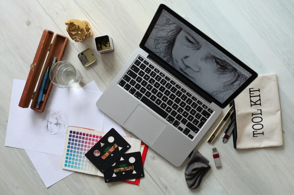 Graphic Designer best part-time jobs for introverts